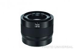ZEISS TOUIT 32mm 1.8 (f. Sony E APS-C)