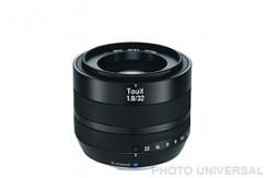 ZEISS TOUIT 32mm 1.8 (f. Fuji X)