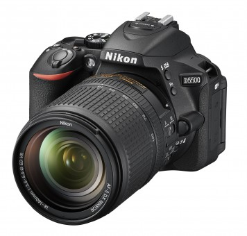 NIKON D5500 KIT AF-S DX 18-140mm 3.5-5.6 G ED VR ***