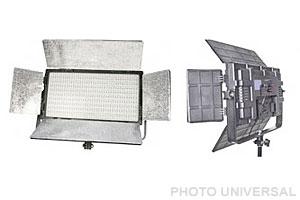 LED DAUERLICHT DLP-820 2er Set mit Stativen und Tasche